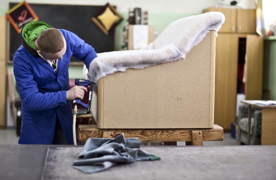 Реставрация мебели как бизнес в маленьком городе